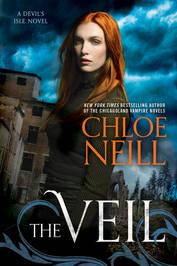 Chloe Neill