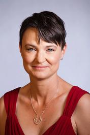 Anne Tenino