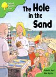 Oxford Reading Tree: Stage 2: First Sentences: The Hole in the Sand (Book)